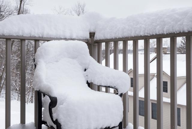 כיסא הזקוק לביצוע ריפוד לכיסאות גן