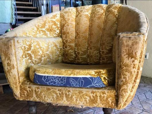 ריפוד כורסת טלוויזיה אחרי | repair sofa